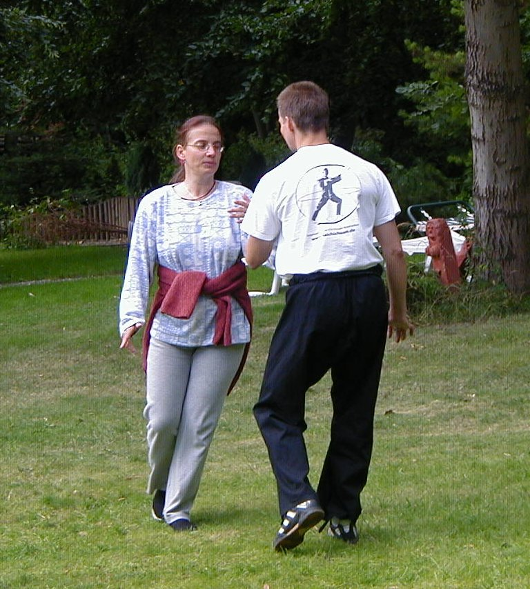 Ba Gua Training mit Partnerin